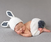BAILEY BUNNY HAND-KNIT NEWBORN SET